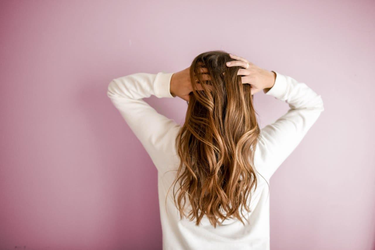 Des cheveux resplendissants grâce à l'Ayurveda