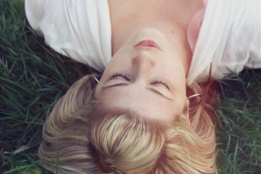 Revenir à la simplicité du ressenti grâce à la sophrologie