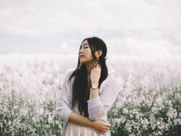 Journée de la femme :Comment se reconnecter à sa féminité par la sophrologie ?