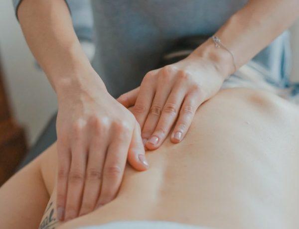 Qu'est ce que le massage métamorphique et pourquoi est-il bénéfique pour le printemps ?