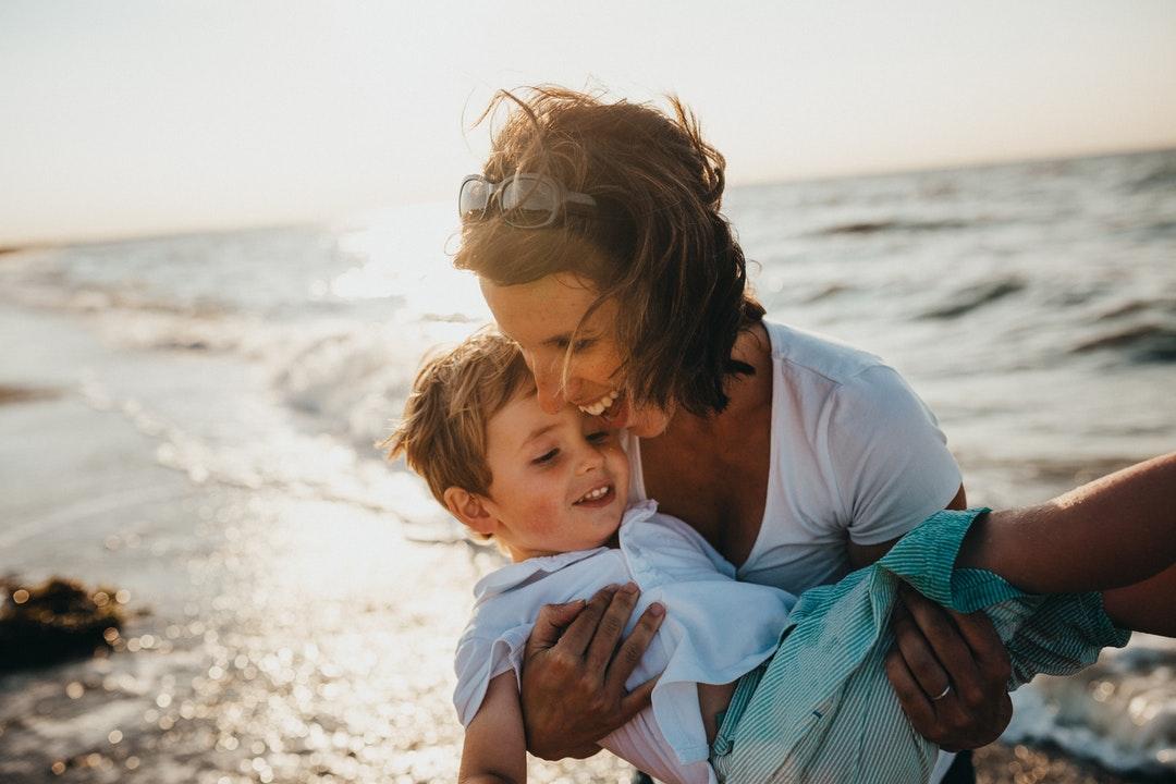 6 astuces de la parentalité positive