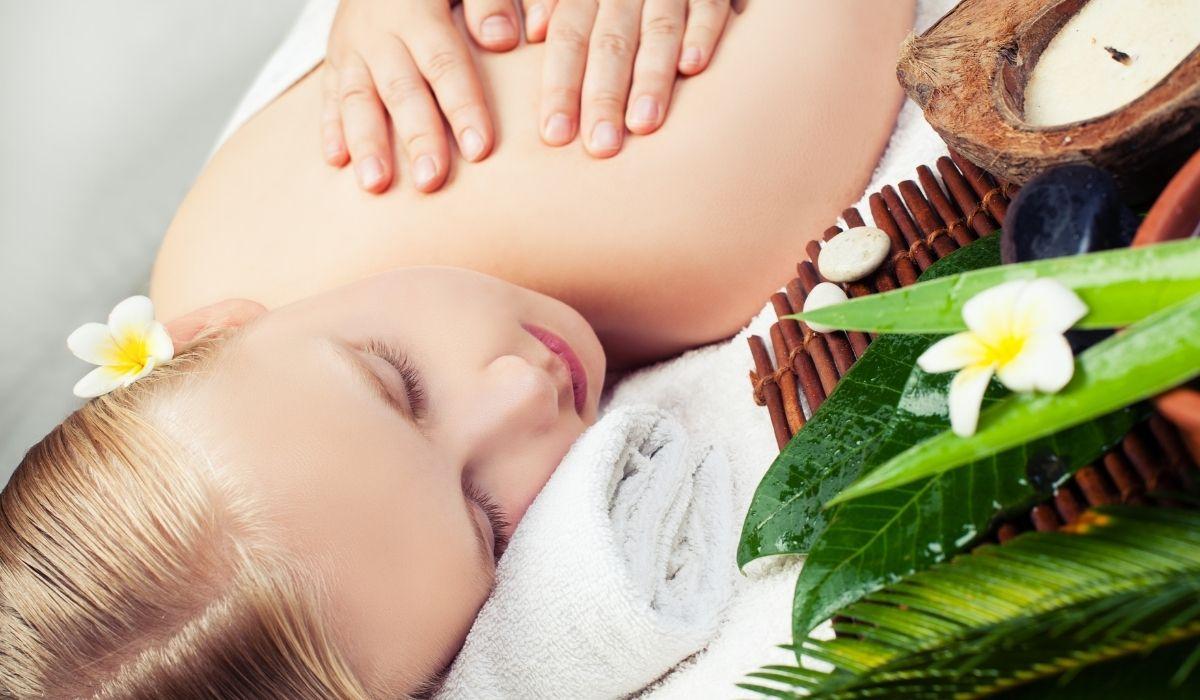"""Les """"5 continents"""" : l'alliance entre massage, énergies et huiles"""