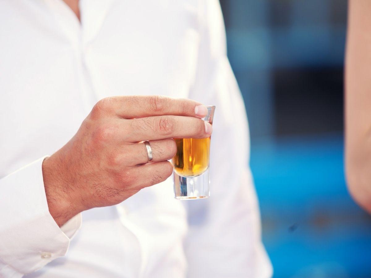 L'hypnose Eriksonnienne peut accompagner les problèmes d'alcoolisme